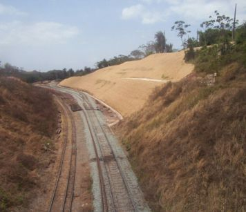 Terraplanagem e Acesso Ferroviário